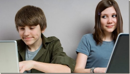 facebook-and-teenagers-e1313126539836