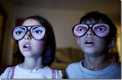 kids-in-front-of-tv